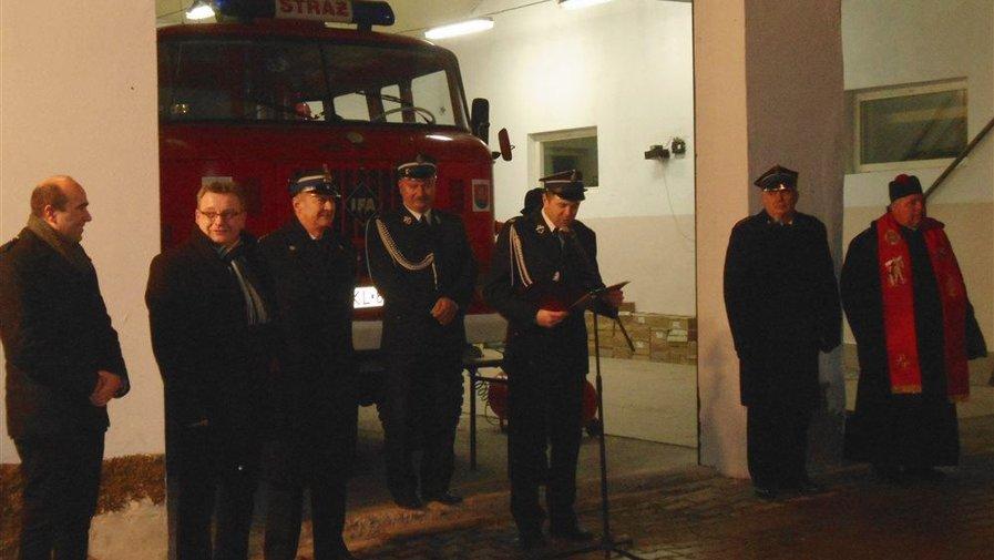 Poświęcenie i przekazanie wozu strażackiego dla OSP Wojbórz
