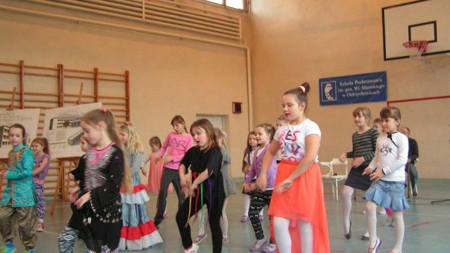 """""""Dzień otwarty"""" w Szkole Podstawowej w Ołdrzychowicach Kłodzkich"""