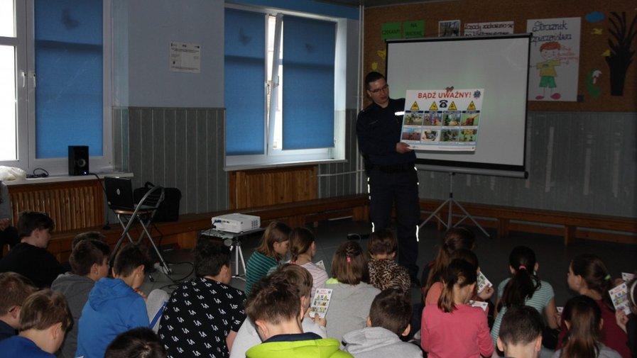Szkolenie o terroryzmie dla uczniów