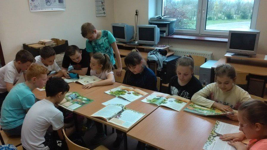 Szkolna biblioteka w Wojborzu dofinansowana!