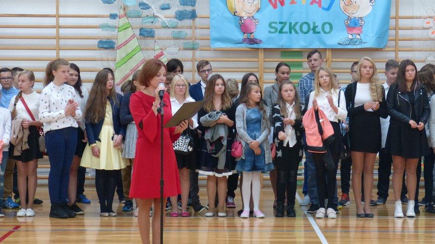 Rozpoczęcie roku szkolnego w Szkole Podstawowej  w Krosnowicach