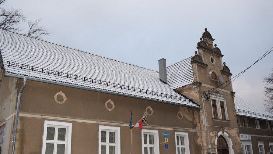Dom ludowy z nowym…
