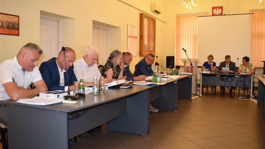 Radni udzielili wójtowi absolutorium